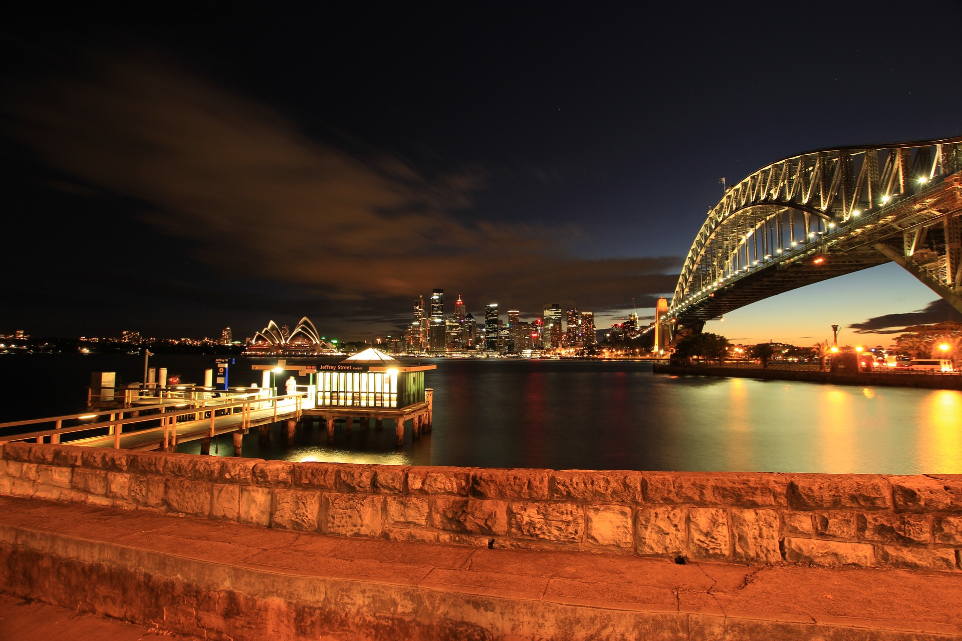 Sydney Harbour Bridge, across Sydney Harbour, Sydney, Australia