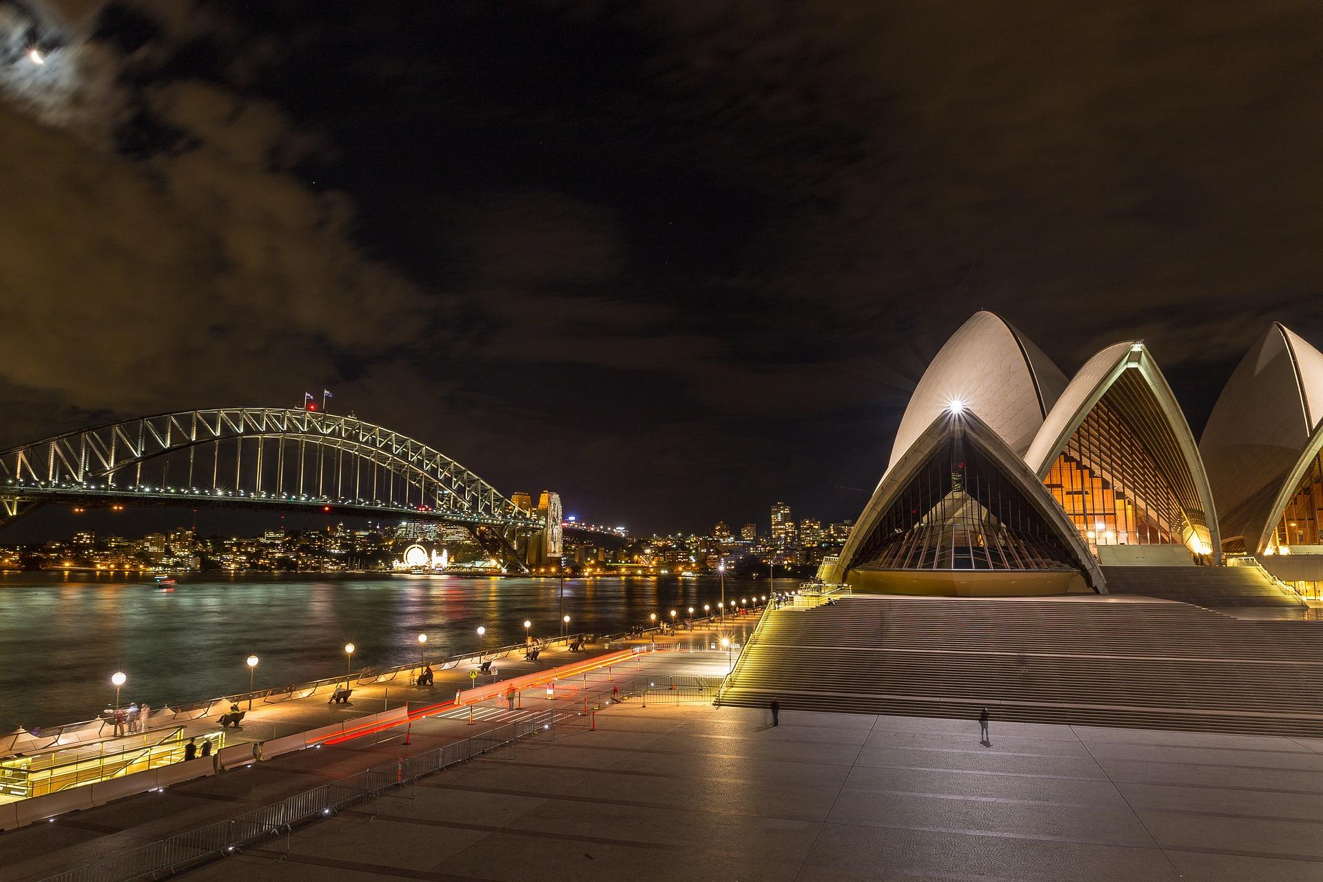 Sydney Harbour Bridge with Sysdney Opera House, Australia