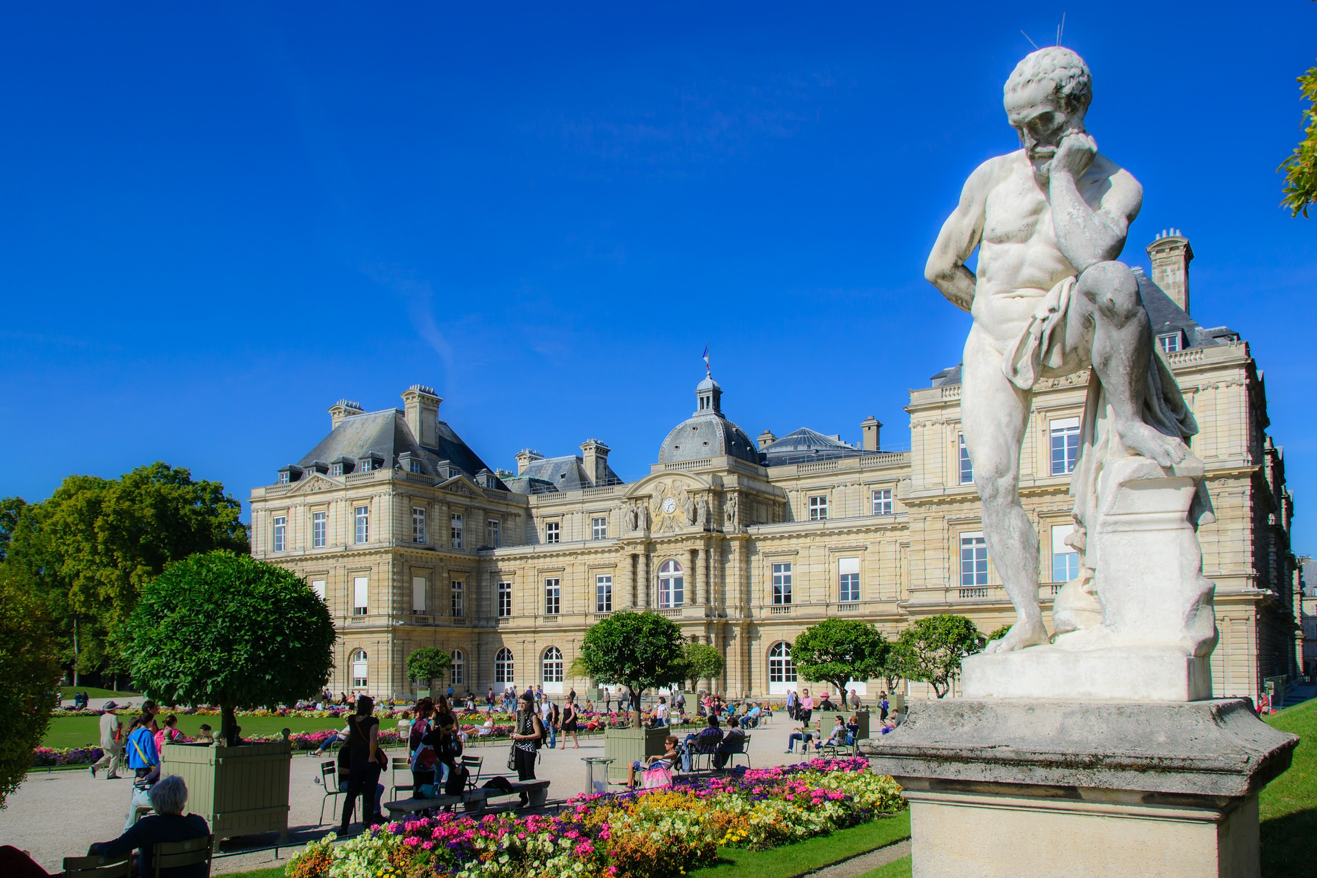 The Top 12 Things To Do In Paris France