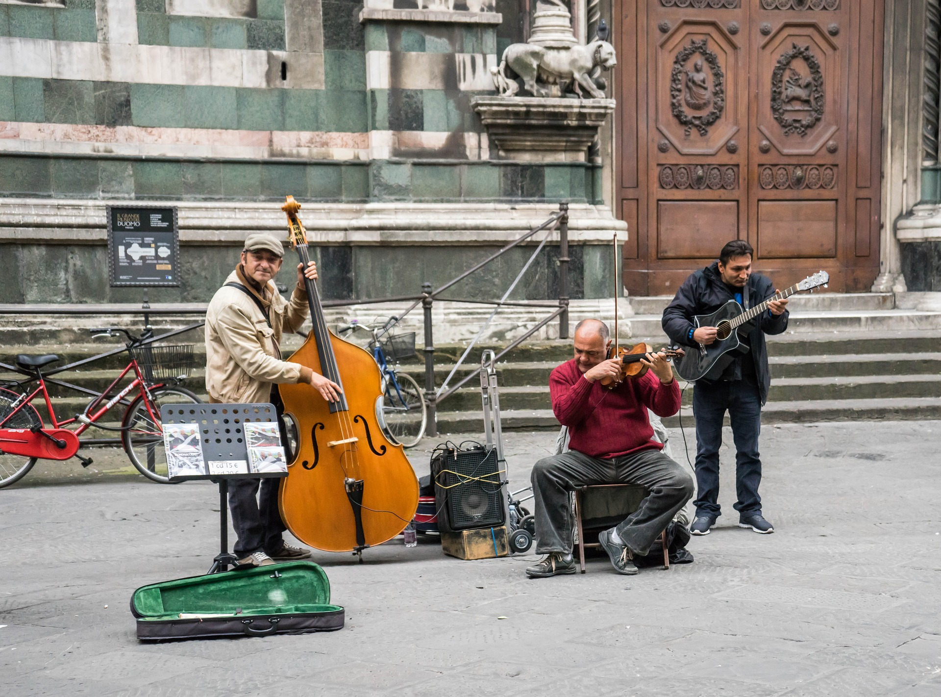Street musicians in Florence, Italy