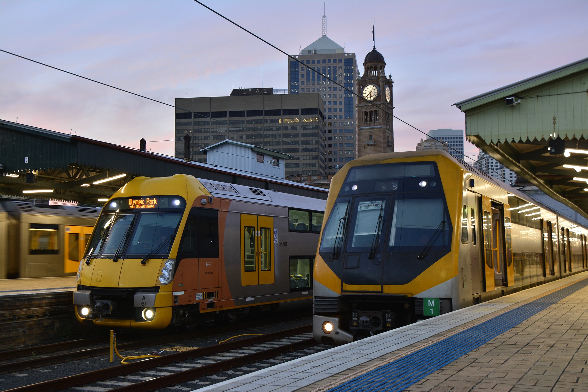 Trains in Sydney, Australia