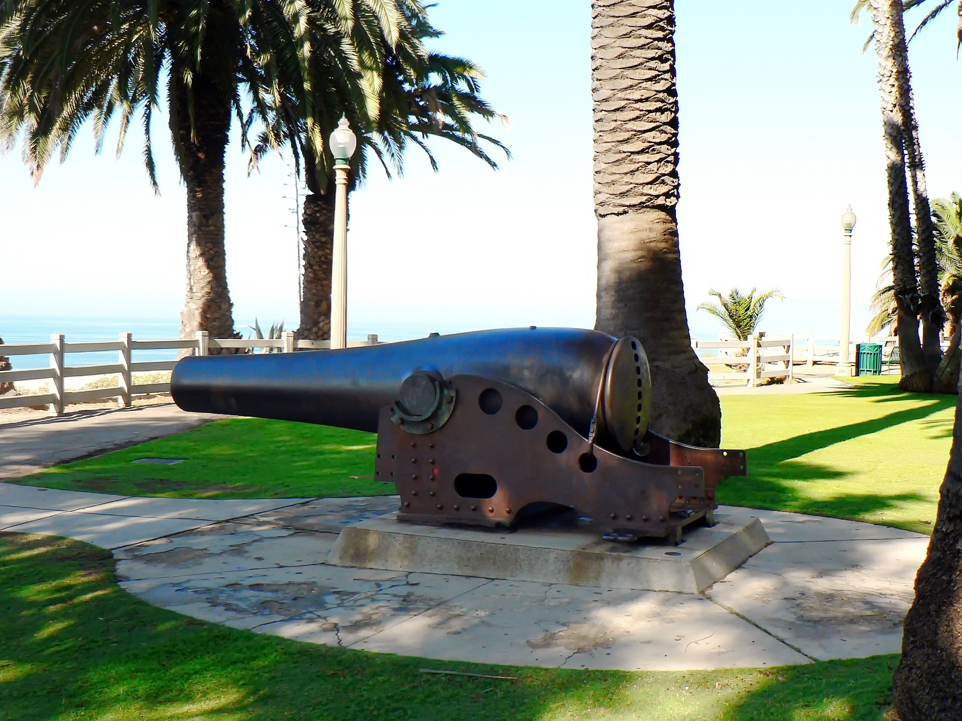 Cannon at Santa Monica Beach, Los Angeles