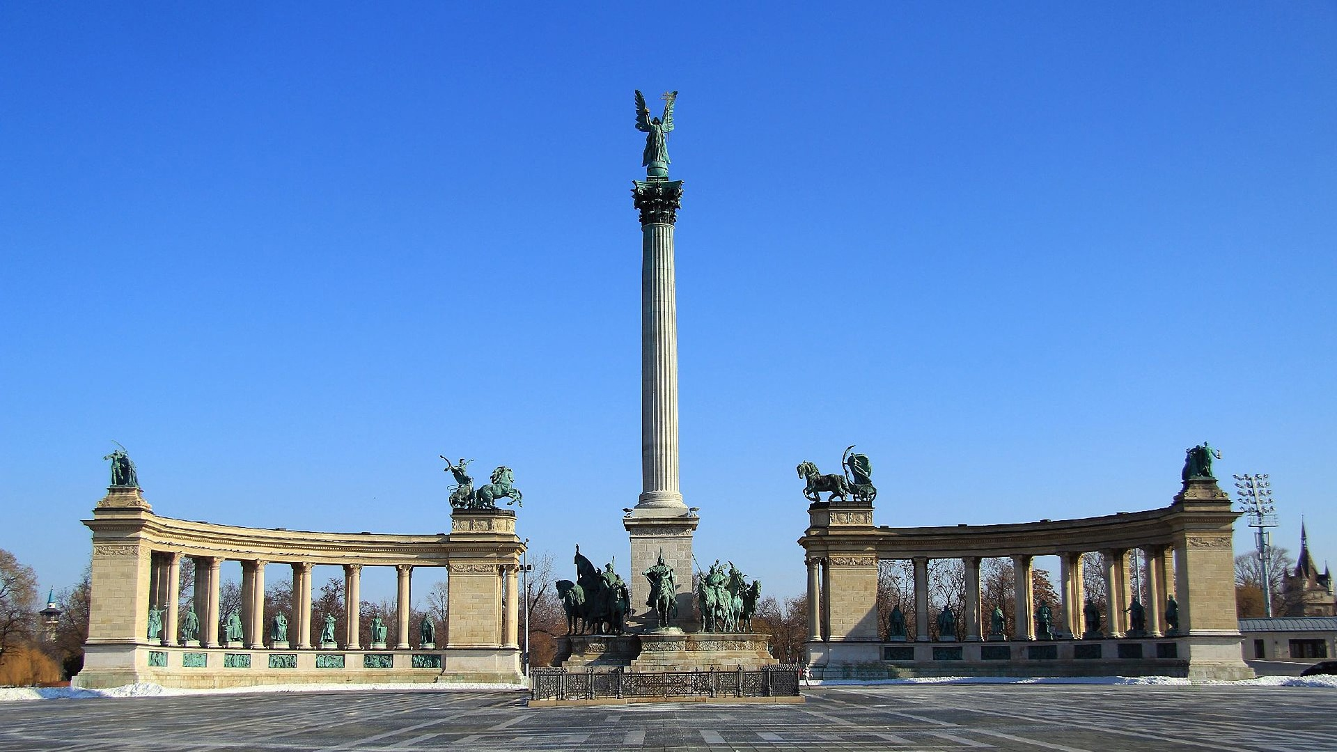 Heroe's Square Budapest (Hősök tere), Budapest, Hungary