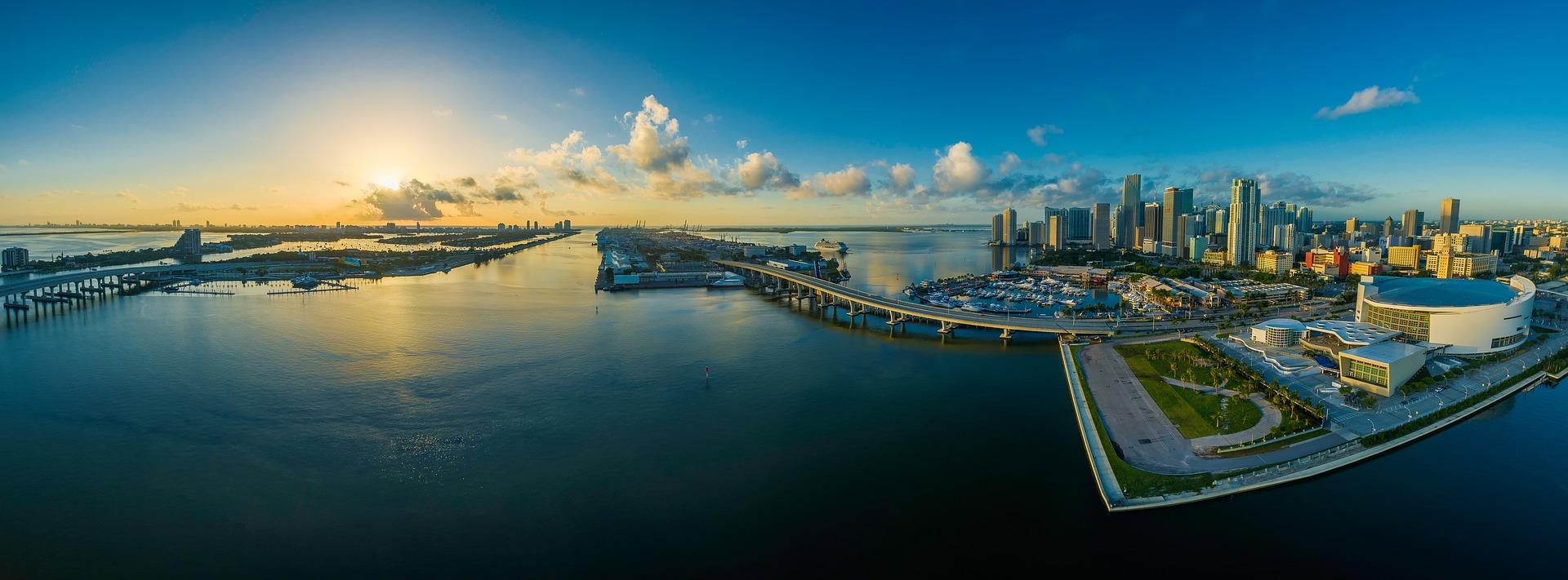 Miami, FL, USA