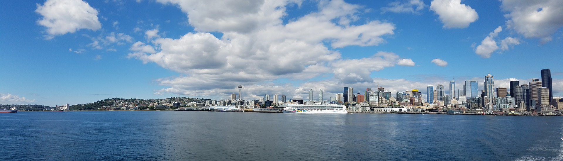 Panoramic view of Seattle, Washington