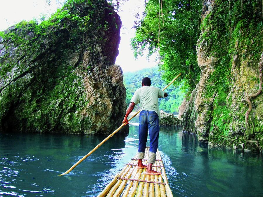Rafting on the Rio Grande, Jamaica