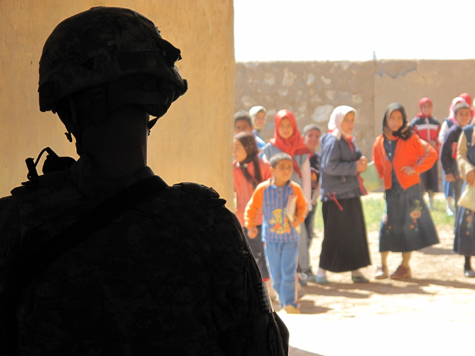 Soldier guards school in Iraq