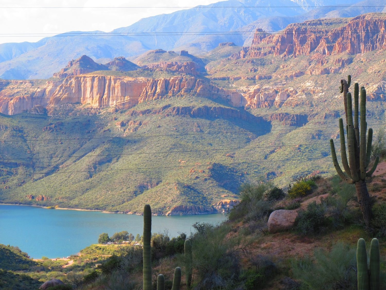 The Apache Trail, close to Phoenix, Arizona