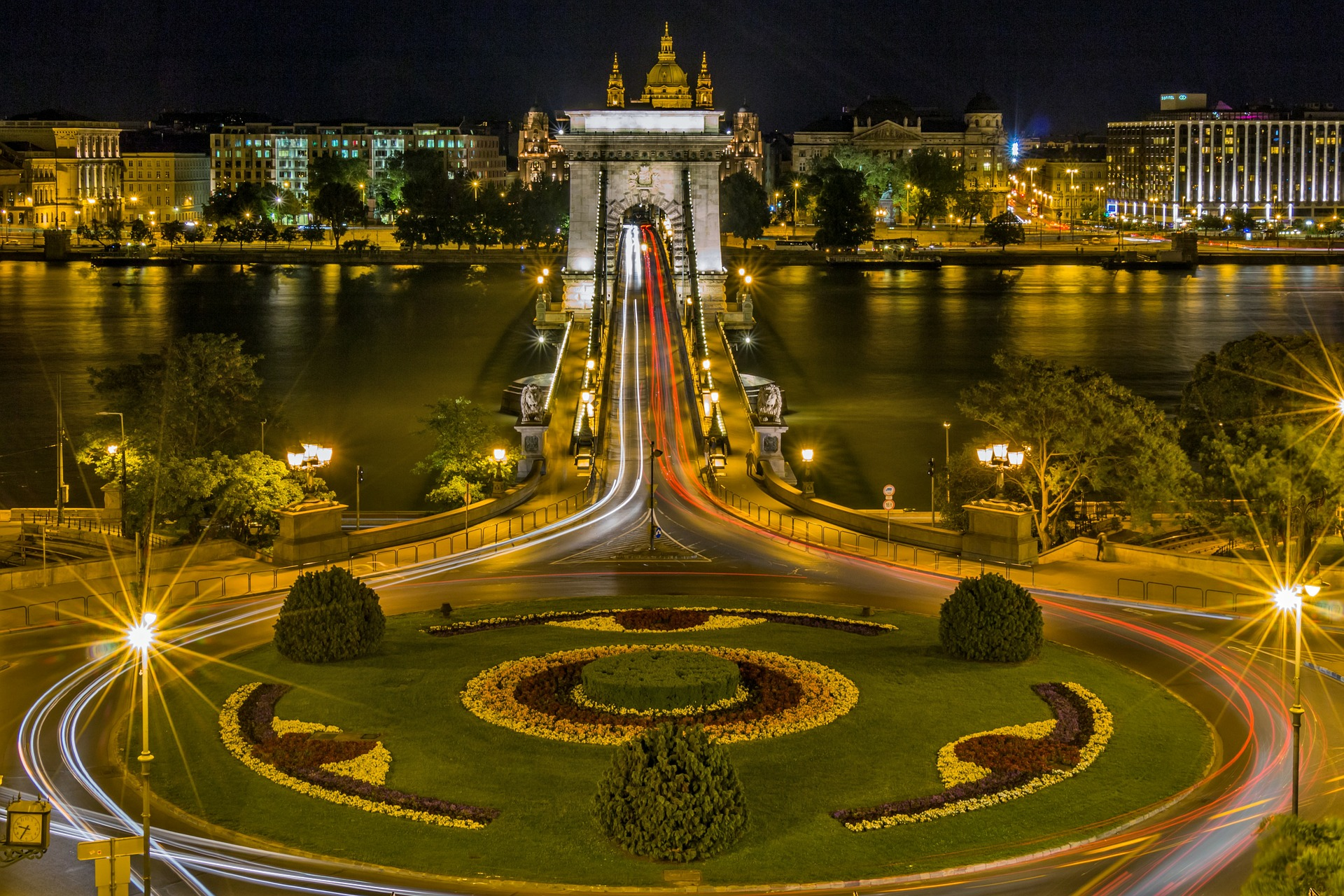 The Chain Bridge over the River Danube, Budapest, Hungary