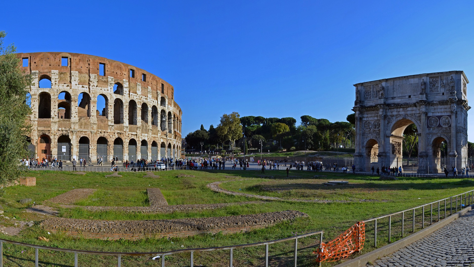 The Colosseum and Arch of Constantine