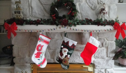 10 Beautiful Best Selling Christmas Stockings