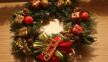 10 Best Selling Christmas Wreaths