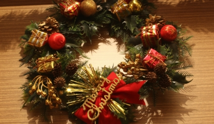 10 Best Selling Christmas Wreaths