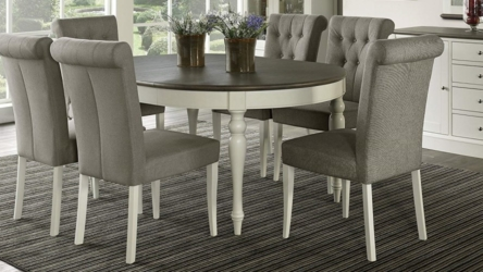 7 Piece Round To Oval Extension Dining Table Set