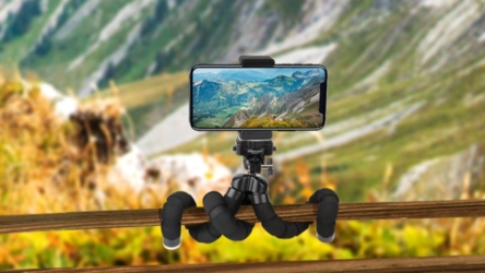 Flexible Phone Tripod with Wireless Remote Shutter