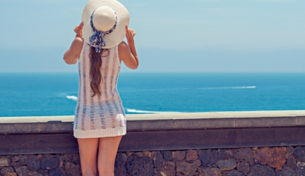 30 Gorgeous and Stylish Beach Sun Hats for Women